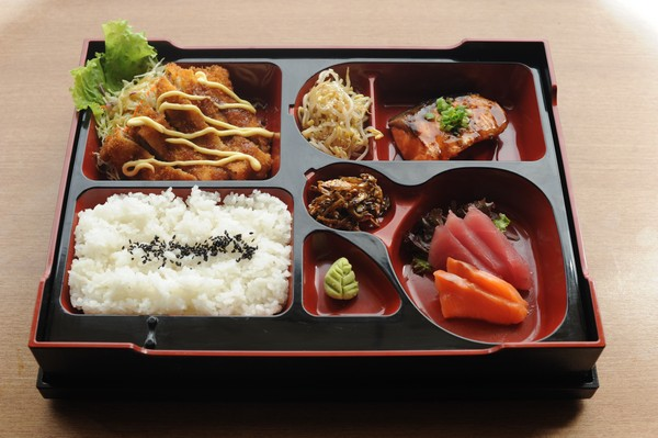"""The """"SumoSam"""" Dining Experience"""