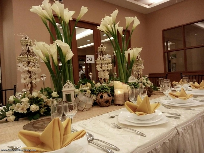 Weddings at Aristocrat Restaurant