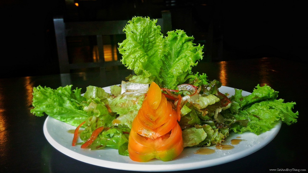 Vittorio's Mixed green Salad with Balsalmic vinaigrette
