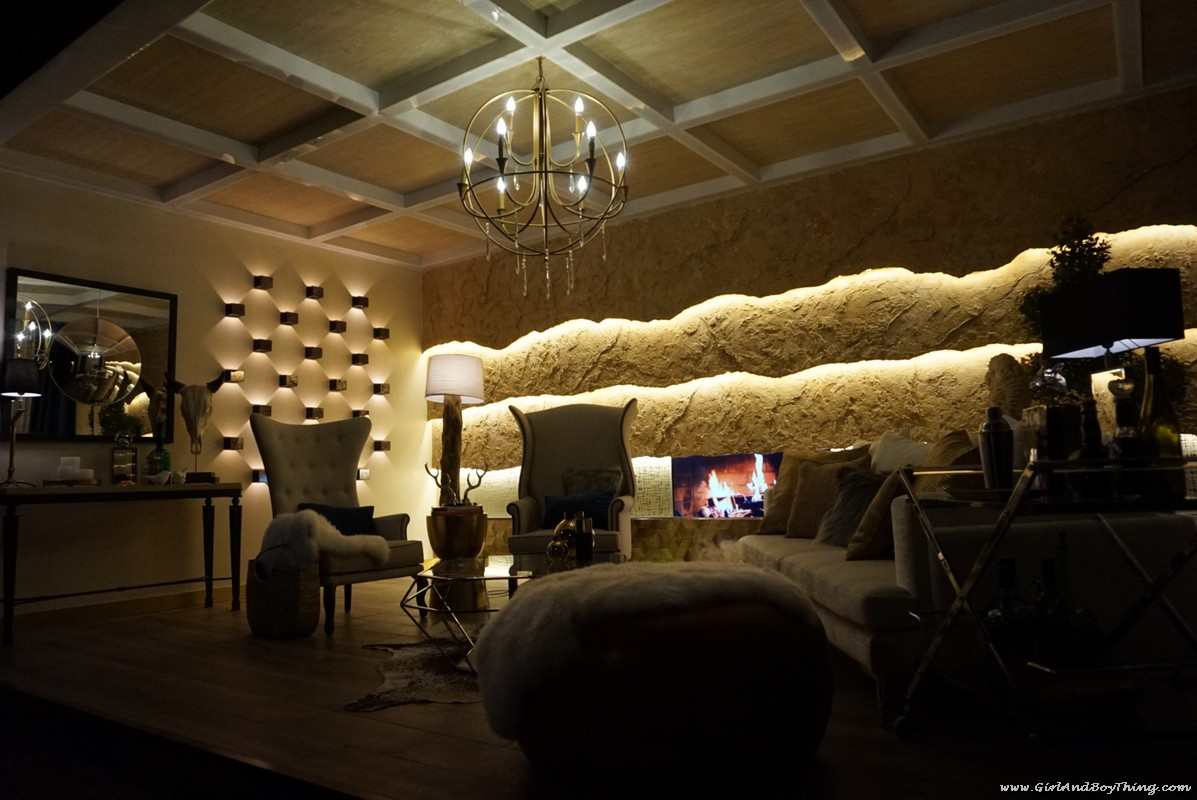psid-booth-17-rustic-luxe-living-room-2