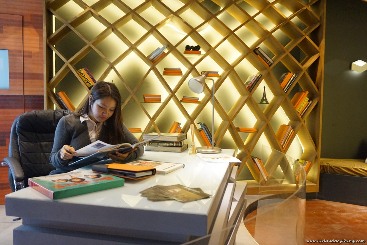 psid-booth-22-avant-garde-industrial-study-library-3