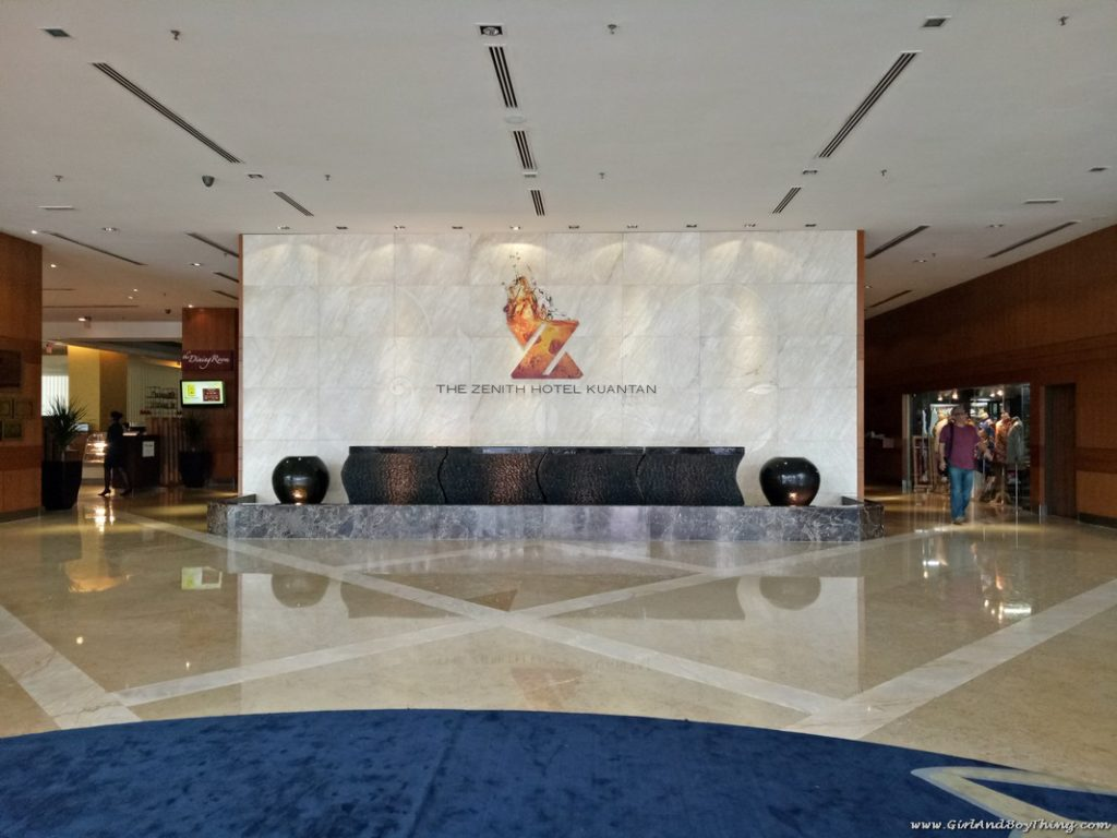 the-zenith-hotel-lobby
