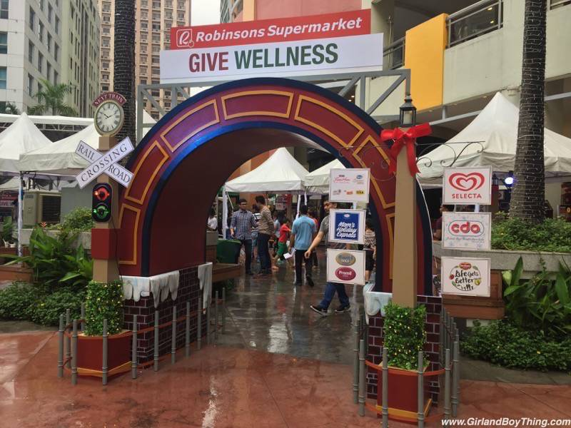 Robinsons Supermarket's Give Wellness Promo