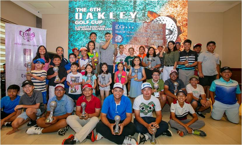 Oakley Donates 100,000 to The Junior Golfers League