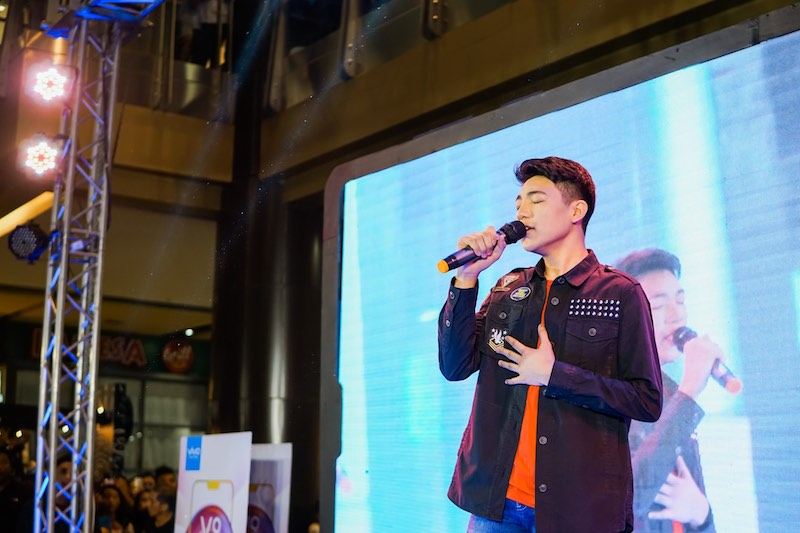 Vivo V9 Mall Tour Cebu Leg with Darren Espanto and TJ Monterde