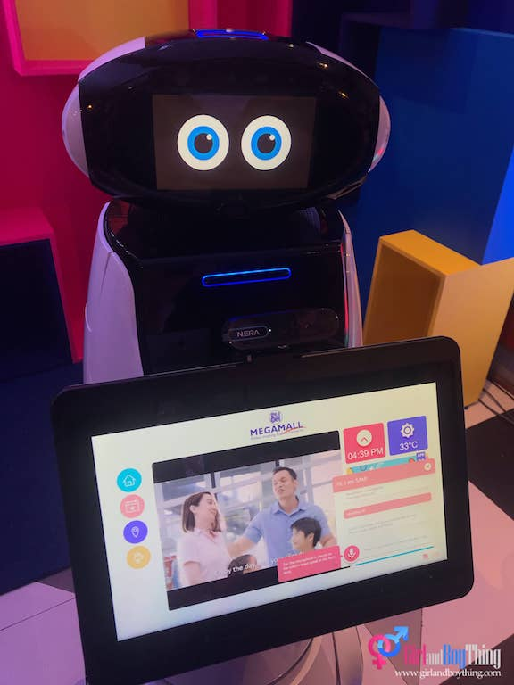 SM Supermalls Launches SAM: The 1st-ever in-mall Smart Robot