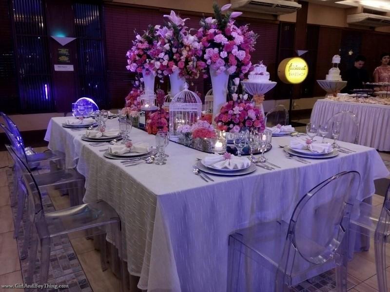 Weddings at Aristocrat Restaurant